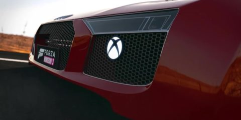 Xbox One S Audi R8 front